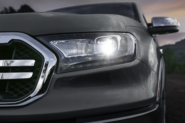 Standard L E D headlamps on the 2020 Ford Ranger LARIAT