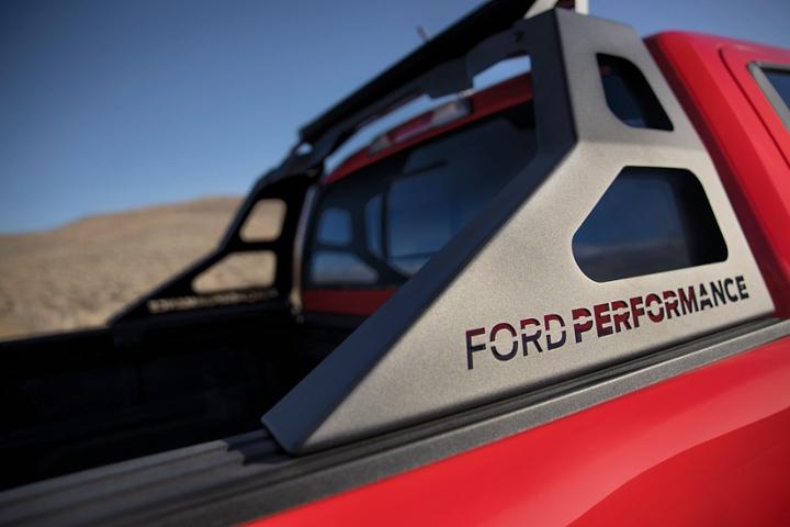 Primer plano del Soporte de Carga en una Ford Ranger2020 con Paquete de Desempeño Ford Nivel3