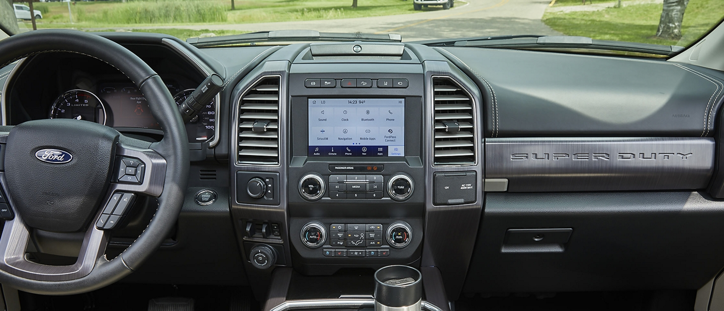 Interior de Ford Super Duty 2020