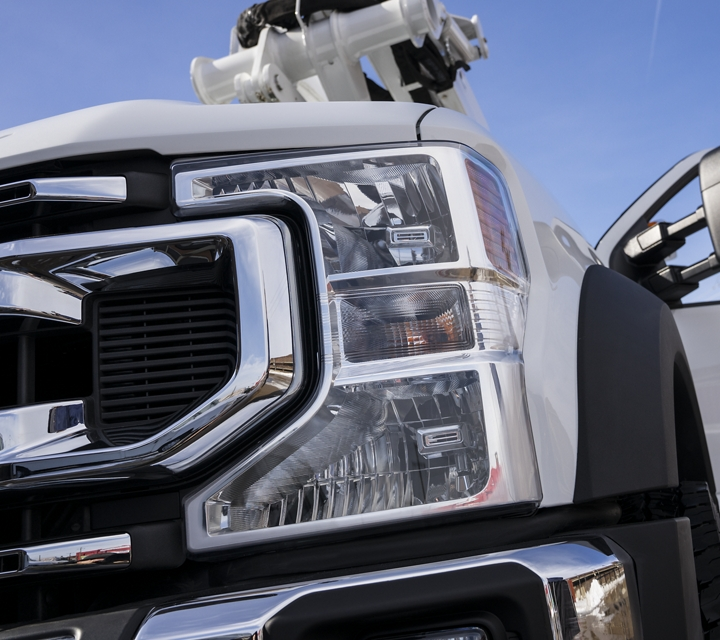 2020 Super Duty Chassis Cab headlight