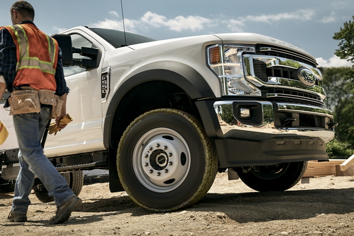 Front passenger wheel on a 2020 Ford Super Duty X L T F 5 50 on a  construction site