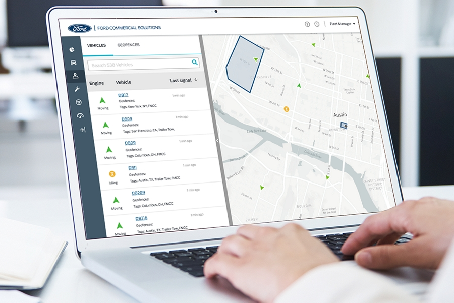 Laptop con Ford Telematics y Ford Data Services en uso