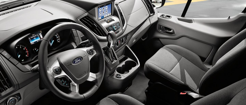 Interior de una Ford Transit 2020