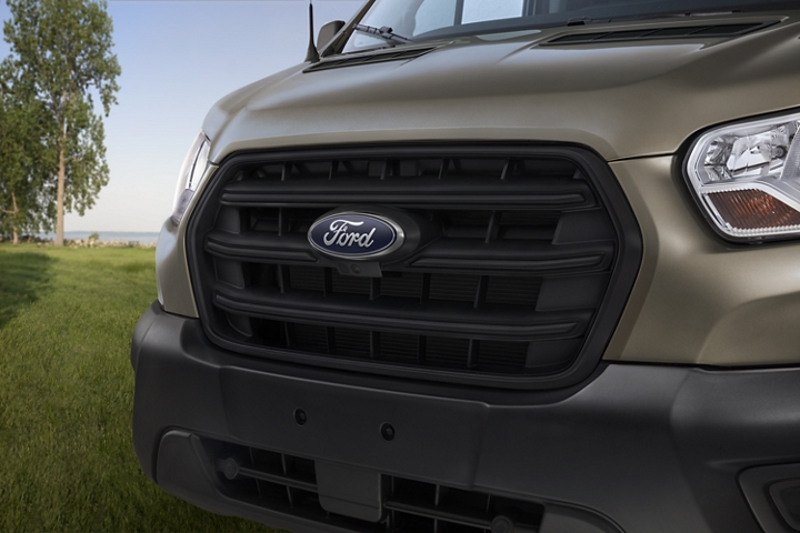 Close up of a 2020 Ford Transit three bar grille with chrome surround