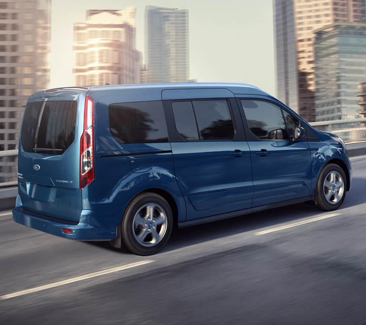 2020 Ford Transit Connect Passenger Wagon looking good in Blue