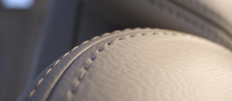 Imagen en primer plano de las costuras de los asientos destaca la atención a los detalles en el Continental