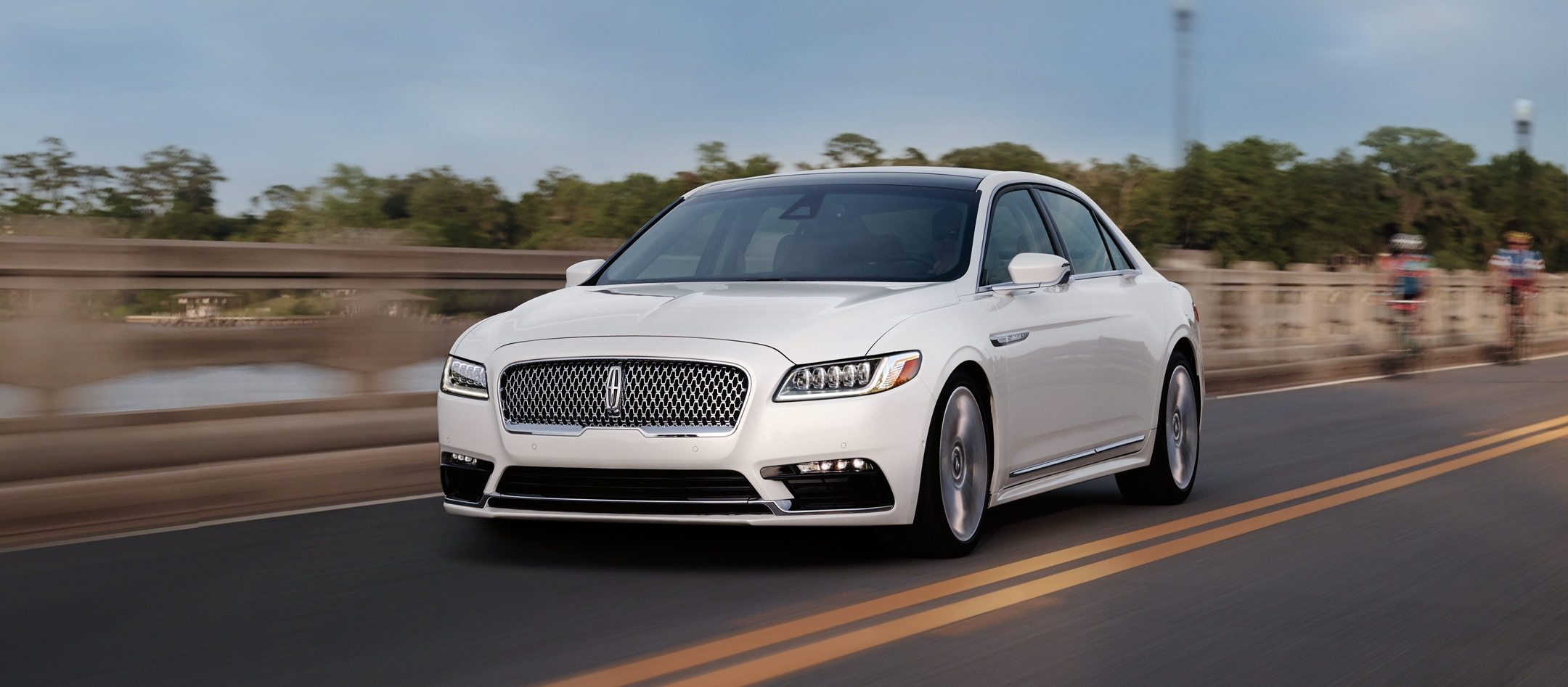 2019 Lincoln Continental Car Technology Features - Lincoln.com