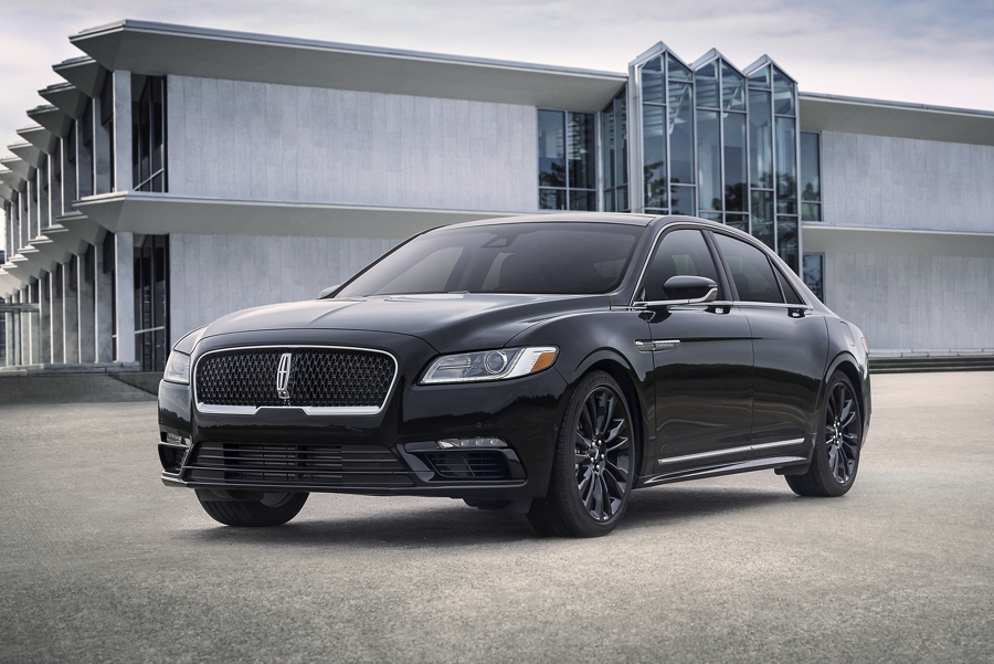 A 2020 Lincoln Continental is shown with the Infinite Black Monochromatic package including many body color accents
