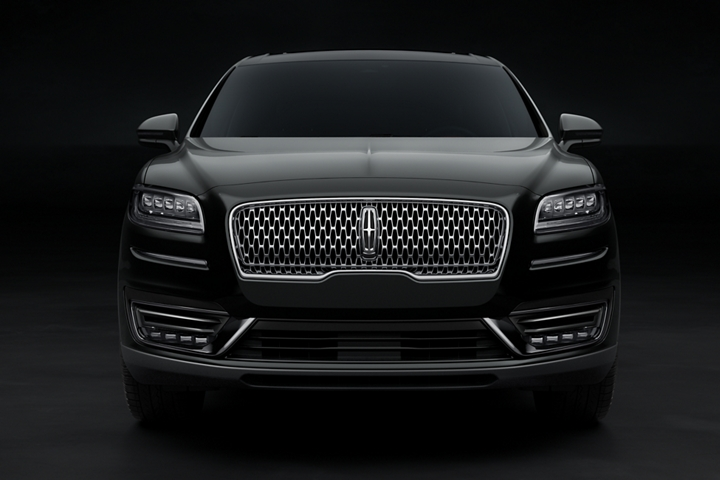 The front fascia and signature grille of a Lincoln Black Label Nautilus are shown in the Thoroughbred theme