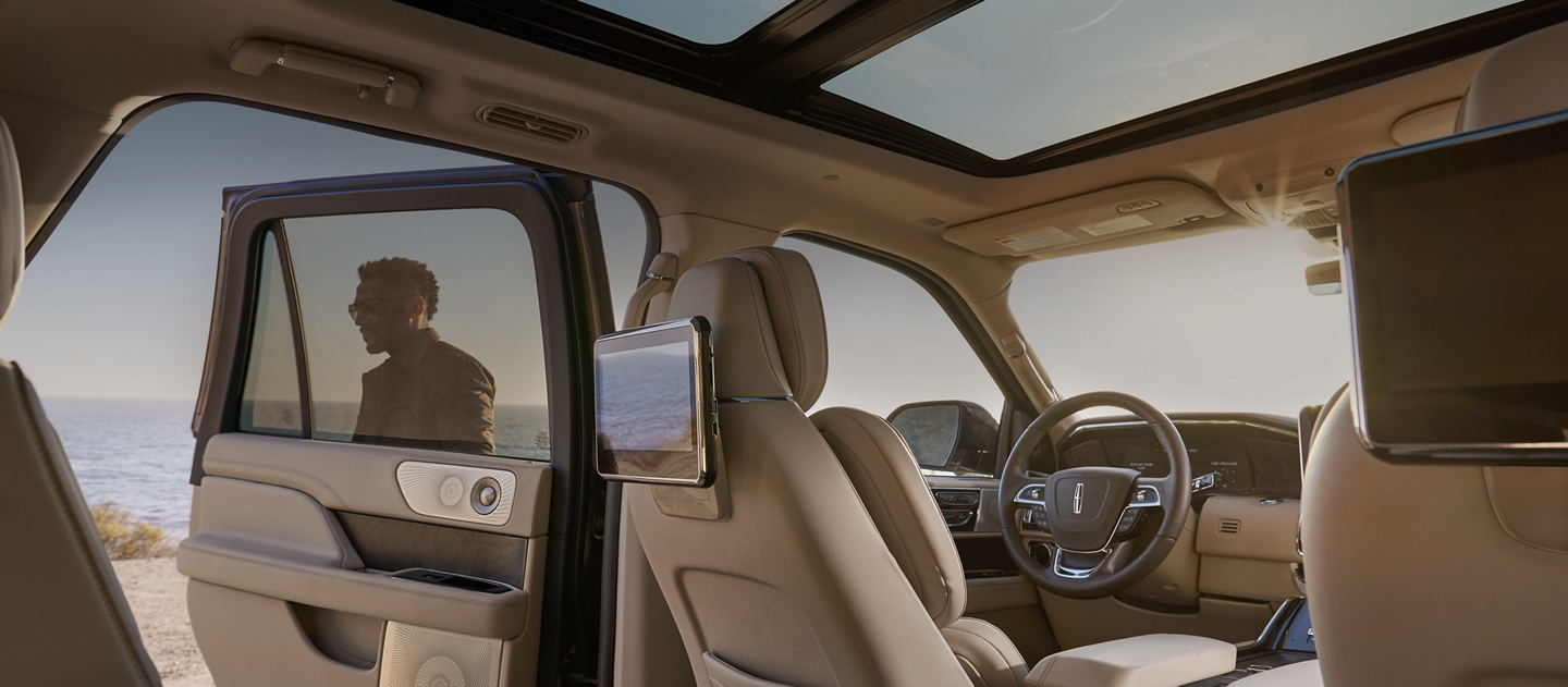 2019 Lincoln Navigator Suv Technology Features Lincoln Com